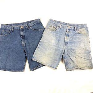 Wrangler Bundle of Jean shorts Medium & Dark Wash